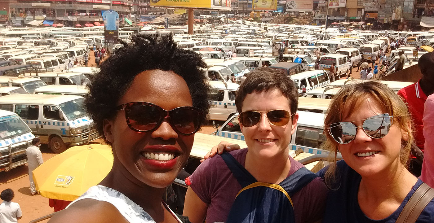 Kampala-walking-tours-taxi-park